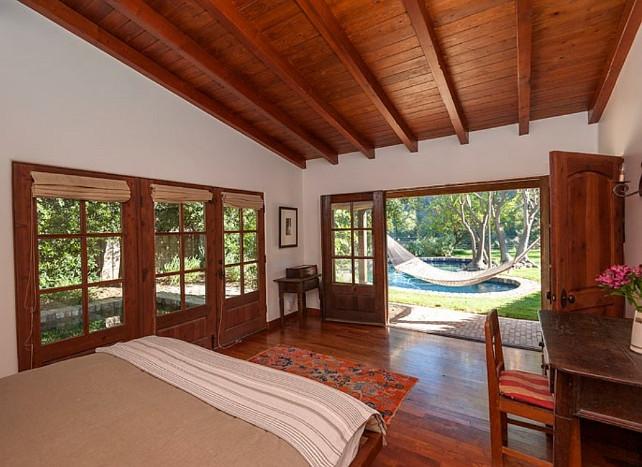 Robert Pattinson's House Robert Pattinson's Bedroom Robert Pattinson's Bed #RobertPattinson