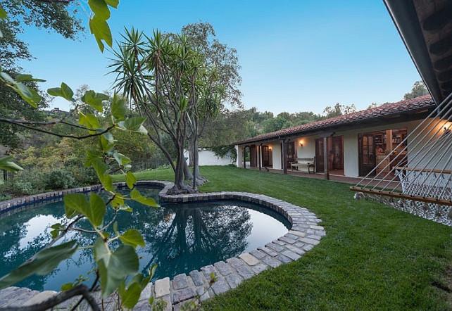Robert Pattinson's House #RobertPattinson