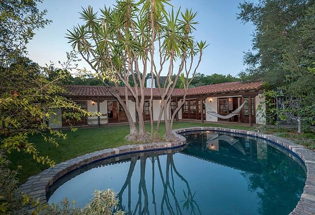 Robert Pattinson's House. #RobertPattinsonHouse
