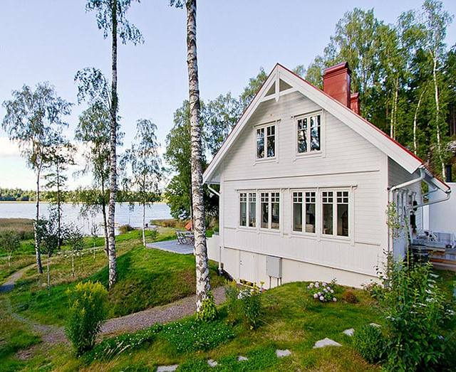cottage of the week by the lake home bunch interior design ideas. Black Bedroom Furniture Sets. Home Design Ideas