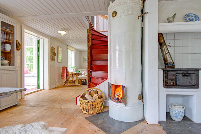 Cottage of the week sweden home bunch interior design ideas for Traditional scandinavian house plans