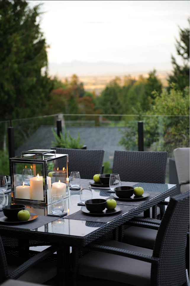 Patio Furniture. Beautiful patio furniture with simple, modern lines. #Patio #PatioFurniture #ModernFurniture