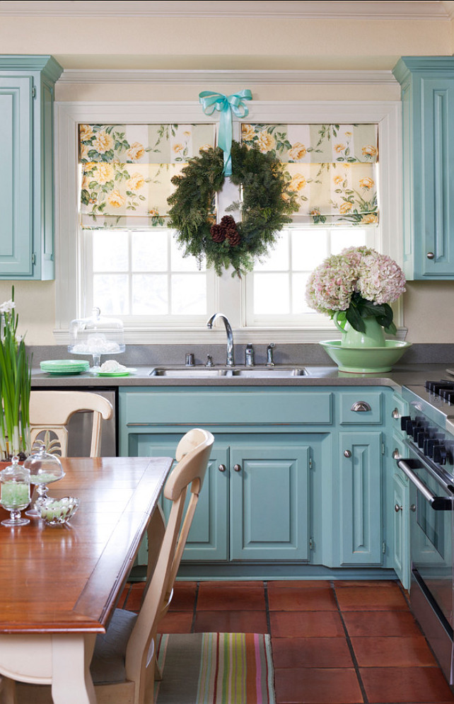 New christmas decorating ideas home bunch interior - Black and blue kitchen decor ...
