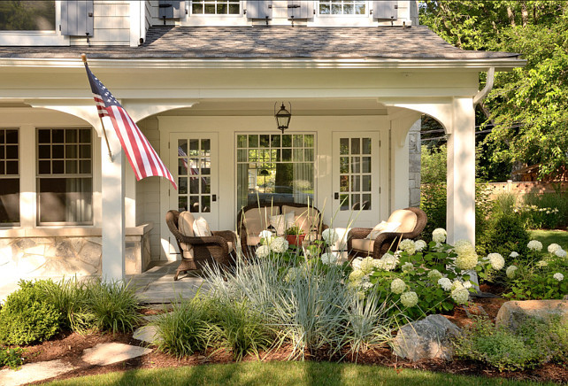 Porch Ideas. Cute front porch! #Porch