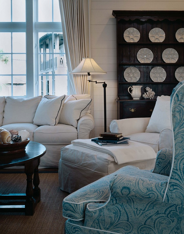 Slipcovered Living Room Furniture. Slipcovered Furniture. Slipcovered Furniture Ideas. Coastal Living Room with Slipcovered Furniture and seagrass Rug. #SlipcoveredFurniture #LivingRoomSlipcoveredFurniture Dungan Nequette