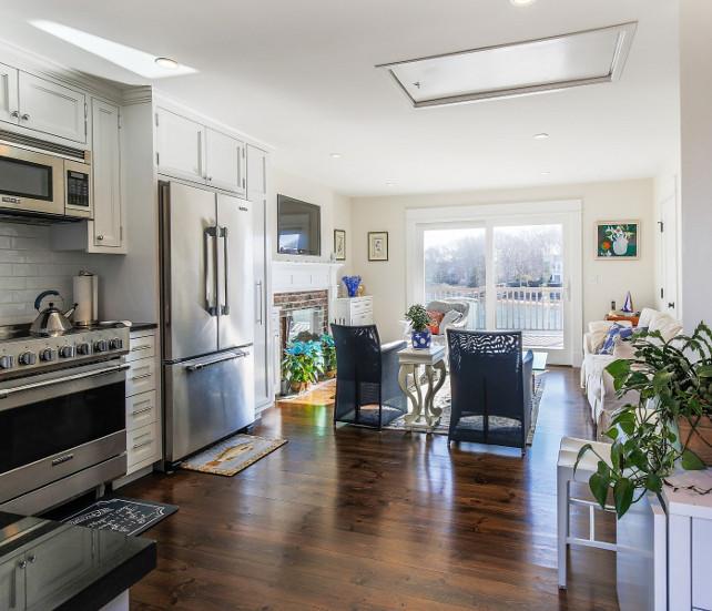 Small Kitchen Layout. Small Kitchen Layout Ideas. Ideas for Small Kitchen Layout. #SmallKitchenLayout #SmallKitchen #Layout #KitchenLayout  Sotheby's Homes.