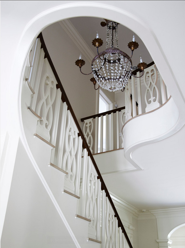 Staircase Design Ideas. Traditional staircase design ideas. #Staircase #Spindles #Interiors