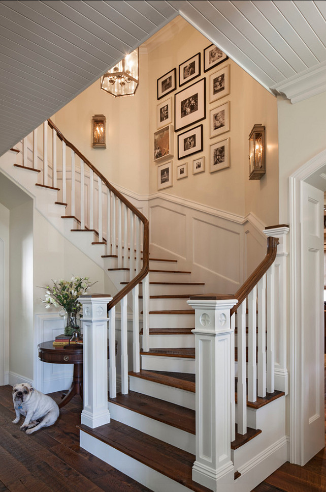 Staircase. Inspiring Photo Wall gallery. #Staircase #PhotoWall