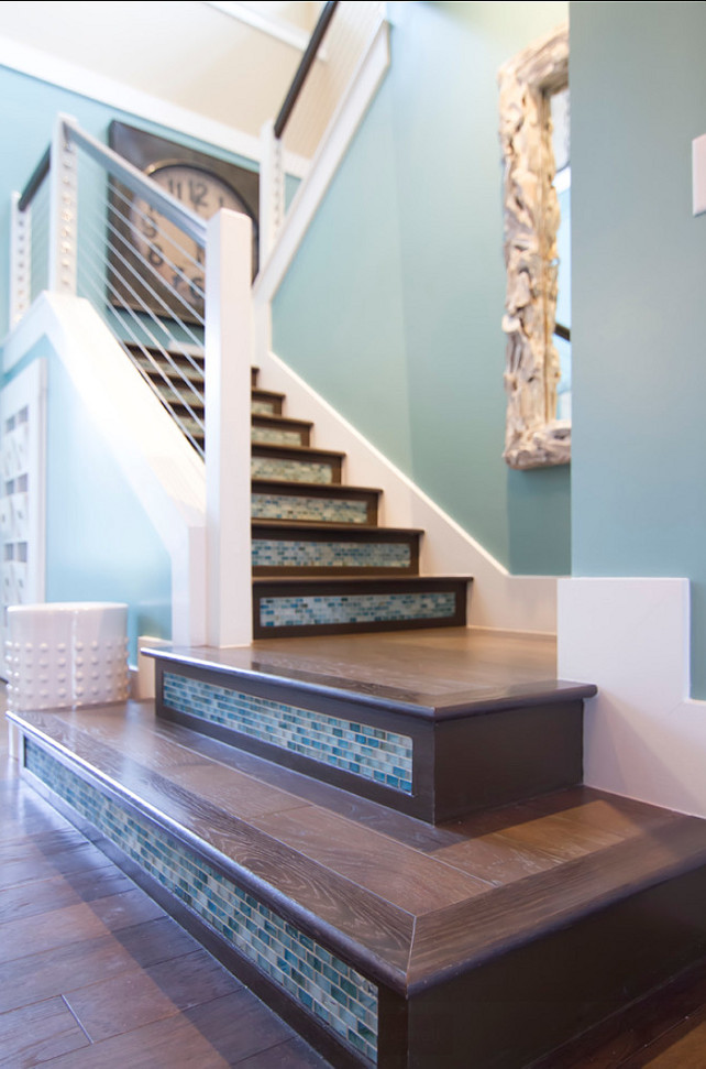 Transitional beach house home bunch interior design ideas - Staircase design images ...