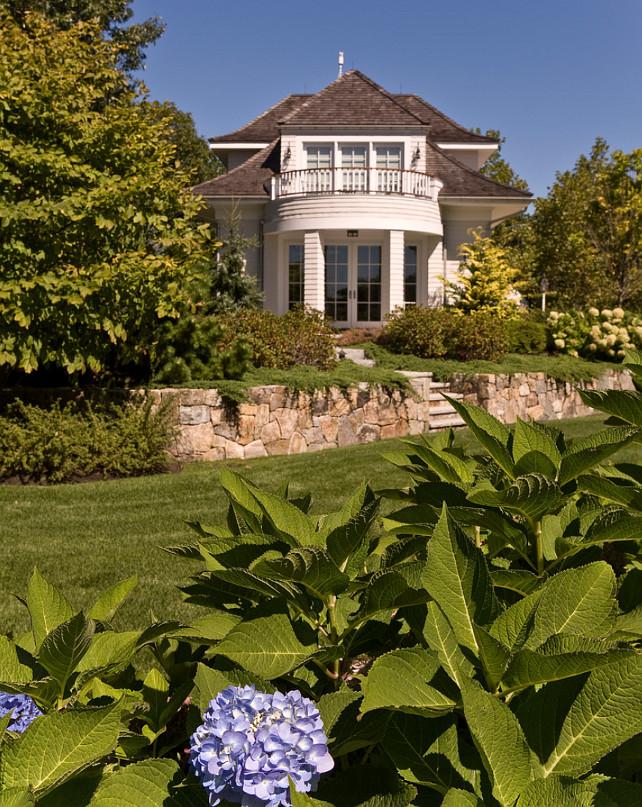 Landscaping Design. Classic Landscaping Design #LandscapingDesign
