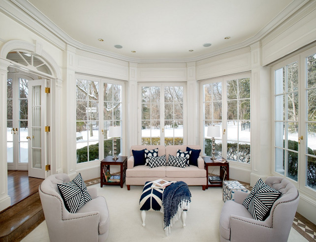 Sunroom. Sunroom Decor. Sunroom Ideas. Sunroom Furniture. Sunroom Layout. Sunroom Design #Sunroom Via Sotheby's Homes.