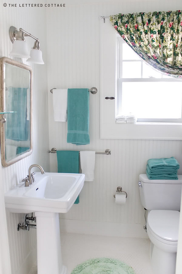 Small Cottage Bathrooms