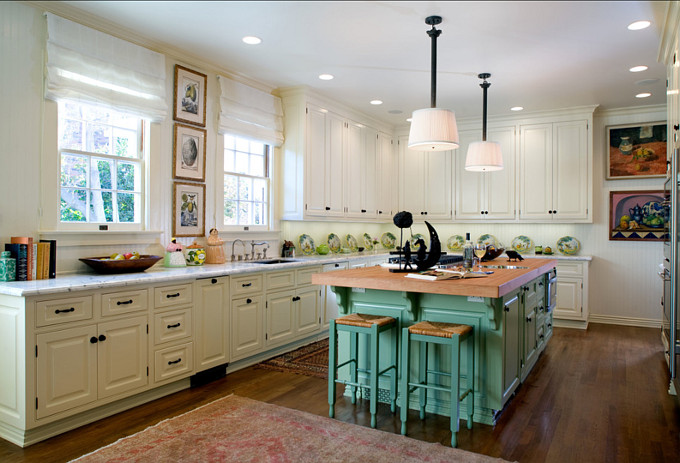 Farrow & Ball Paint Color. Island Paint Color: Farrow & Ball Breakfast Room Green. #Farrow&Ball #BreakfastRoomGreen
