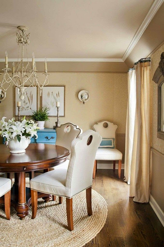 Traditional Dining room. K. Lewis Interior Design via House of Turquoise.