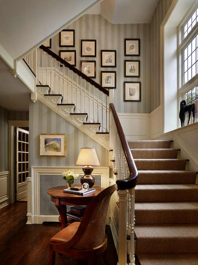 Traditional Foyer. Traditional Foyer Railing. Traditional Foyer Stairway. Traditional Foyer railing design ideas. Philip Ivory Architects