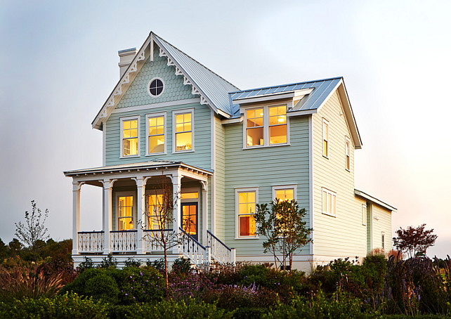 Traditional Home Exterior. Traditional Home Exterior Ideas. Coastal Traditional Home Exterior. #TraditionalHomeExterior Allison Ramsey Architects.