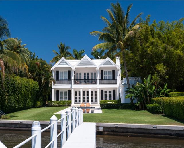 Tropical Beach House Ideas. #BeachHouse #TropicalBeachHouse