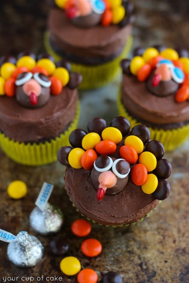 Turkey Cupcakes. Thanksgiving Ideas. Turkey Cupcakes.Turkey Cupcakes – Thanksgiving Cupcake Decorating Via Your Cup of Cake.