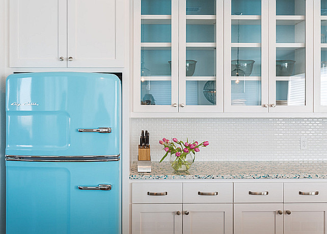 Turquoise Big Chill Refrigerator. Kitchen with Turquoise Big Chill Refrigerator. #Turquoise #BigChill #Refrigerator Laura U, Inc.
