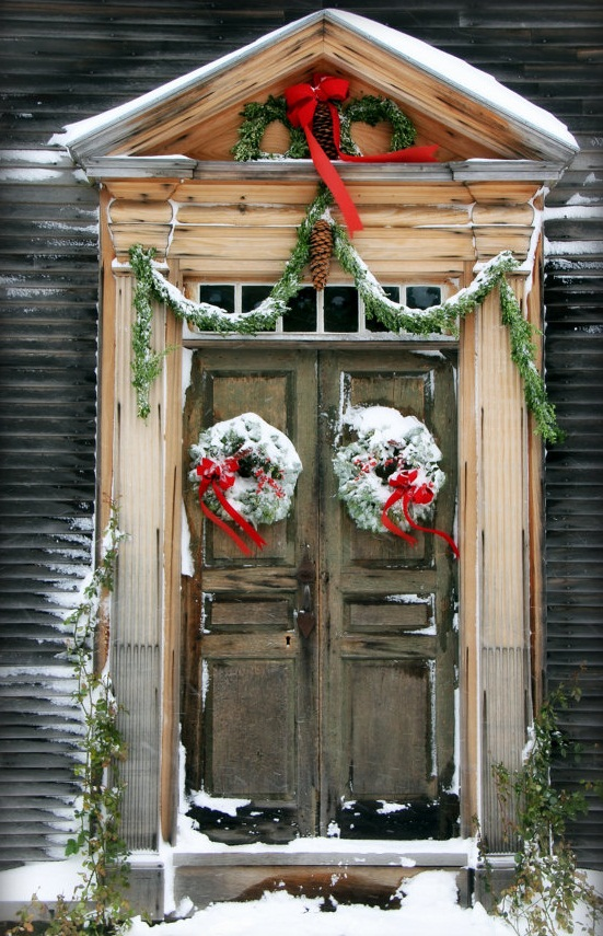 christmas decorating ideas - French Country Christmas Decorating Ideas