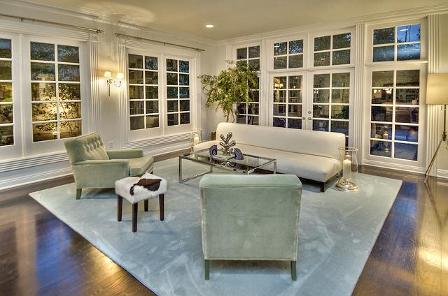 John lennon s house for sale home bunch interior design for Living room designs with french windows