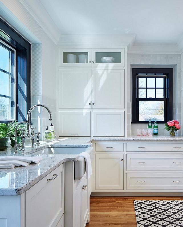 Grosvenor One Light Downlight Chc1480: Bistro Style Kitchen With Breakfast Nook