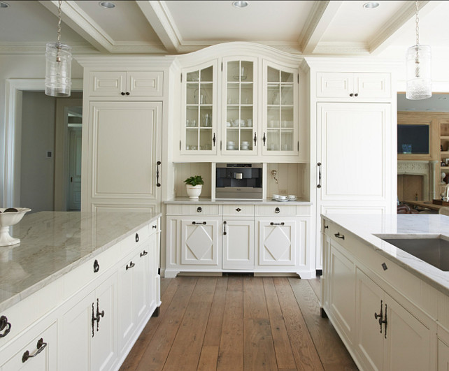White Kitchen. Beautiful White Kitchen Design. #WhiteKitchen #Kitchen #KitchenDesign #KitchenIdeas