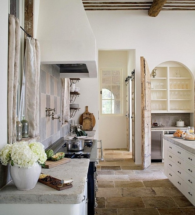 Interior design ideas french interiors home bunch for French rustic kitchen ideas