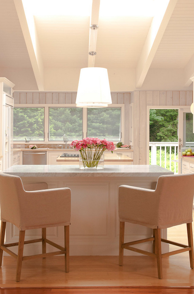 Kitchen. This kitchen is beautiful and I really love the counterstools. #Kitchen