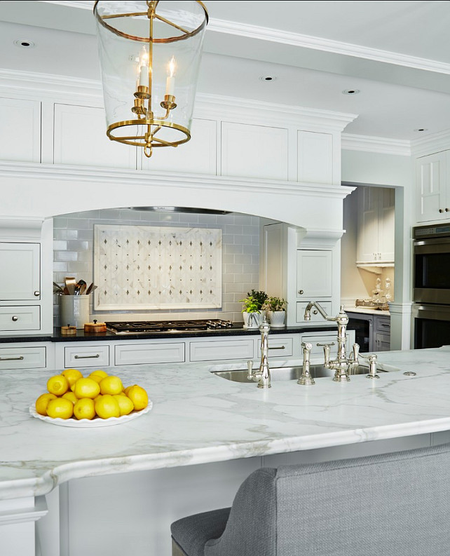 Timeless white kitchen reno home bunch interior design ideas for Kitchen design zurich
