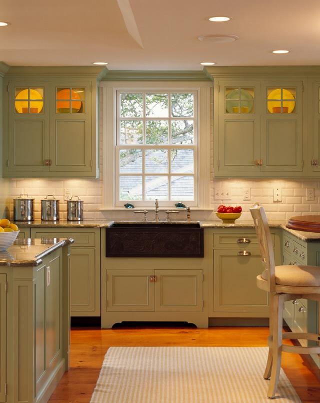 Beach cottage home bunch interior design ideas for Beach cottage kitchen cabinets