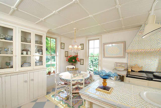 Cool or fool the mackenzie childs estate home bunch for Mackenzie childs kitchen ideas