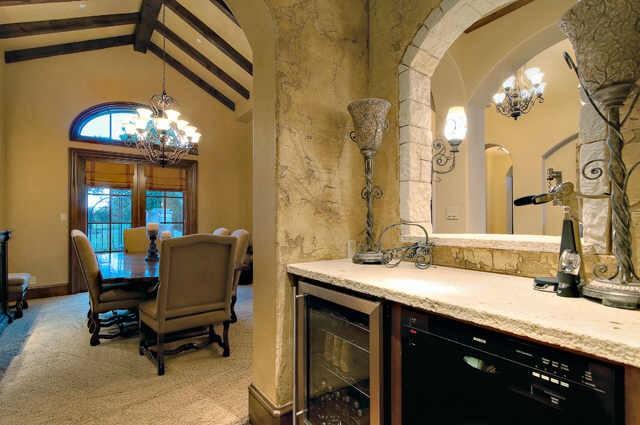 Jonas Brothers Texas Home Stunning Rustic Living Room: Home Bunch Interior Design Ideas