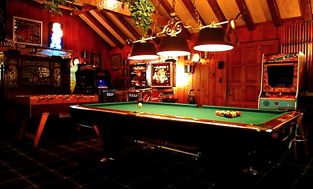 Cool Or Fool Playboy Mansion Home Bunch Interior