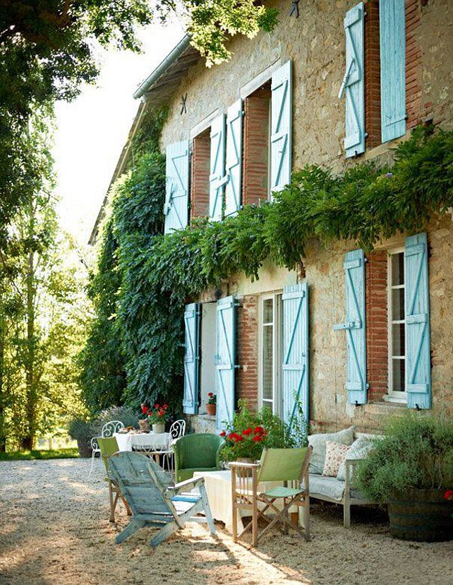 Interior design ideas french interiors home bunch for French country courtyard