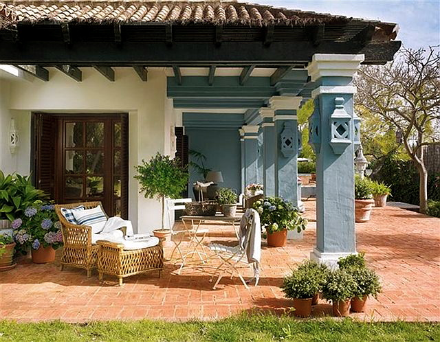 Elegant house in spain home bunch interior design ideas - Decoracion de entradas de casas ...