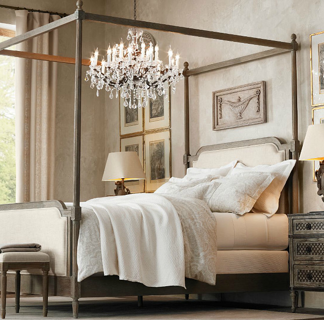 How To Use A Four Poster Bed Canopy To Good Effect: 5 Ways To Arrange Your Oak Bedroom Furniture