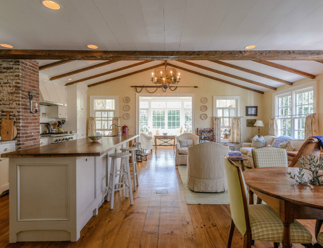 French Country Kitchen. Beautiful French Country Kitchen. #FrenchCountry #Kitchen