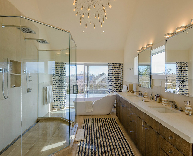 Bathroom Ideas. I am loving the freestading bath in this bathroom. #Freestanding #Bath