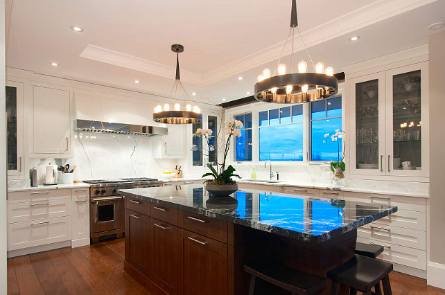 Kitchen Island Lighting Ideas. Great lighting above island! #Kitchen #Island #Lighting