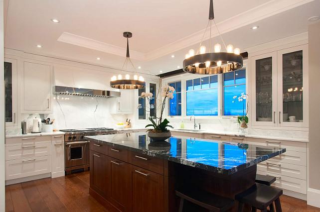 Kitchen Island Lighting Ideas. Great lighting above island! #Kitchen #Island #Lighting