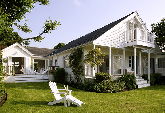 Summer Cottage Inspiration Home Bunch Interior Design Ideas